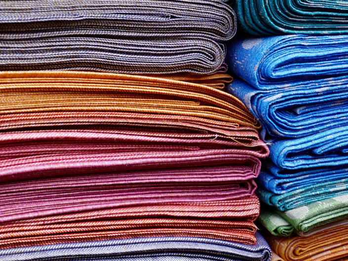 Закупка тканей во Франции